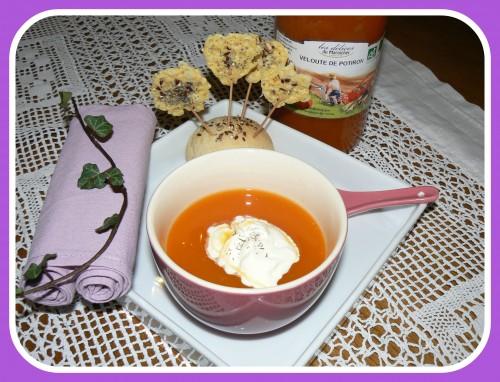 velouté de potiron et sucettes au fromage